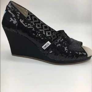 TOMS Women's Black Sequin Wedge Heels  7 1/2 Wide